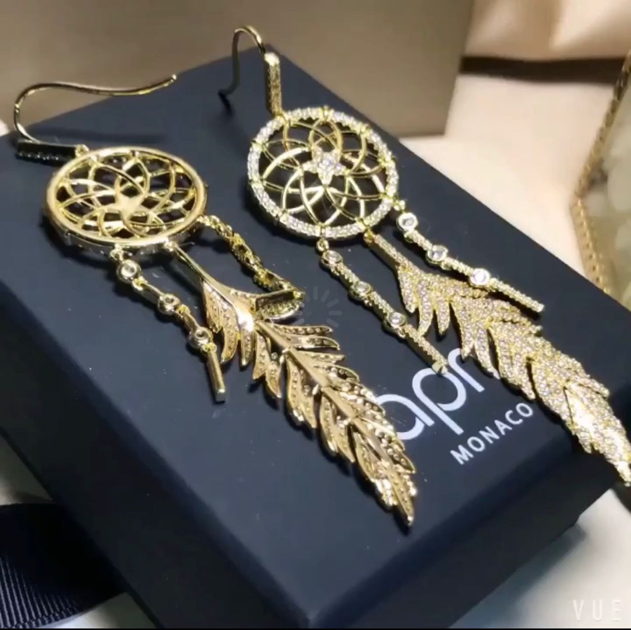 APM Earrings A6987