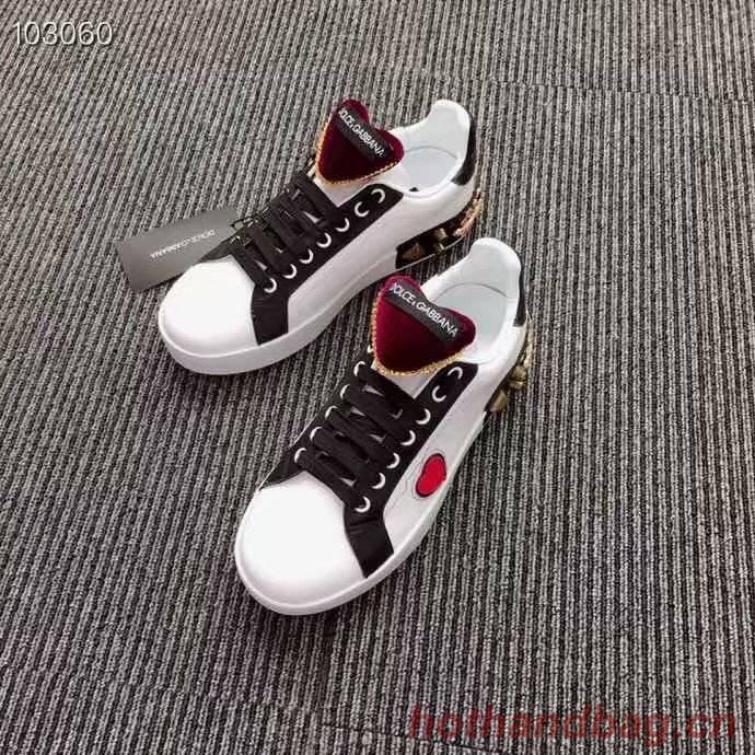 Dolce & Gabbana Heart Shoes DG434FDC-1