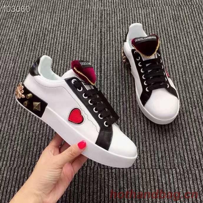 Dolce & Gabbana Heart Shoes DG434FDC-2