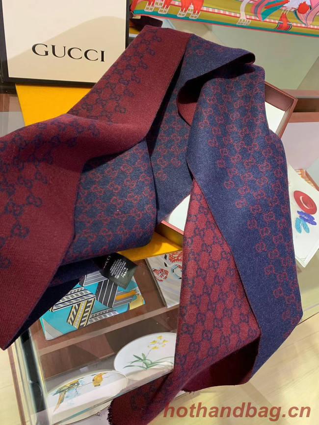 Gucci Cashmere scarf GG9656