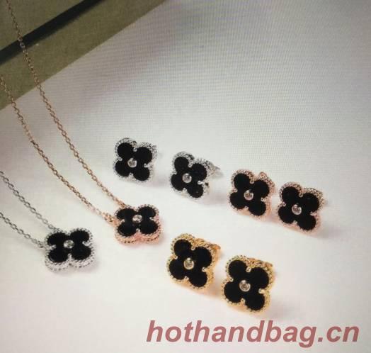 Van Cleef & Arpels Earrings or Necklace VCA9088