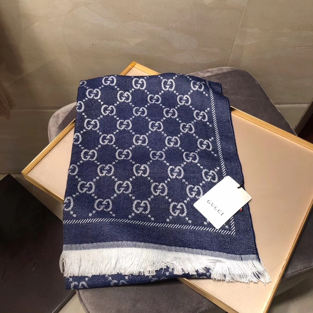 Gucci OBLIQUE STOLE IN WOOL AND CASHMERE GG55620 dark blue