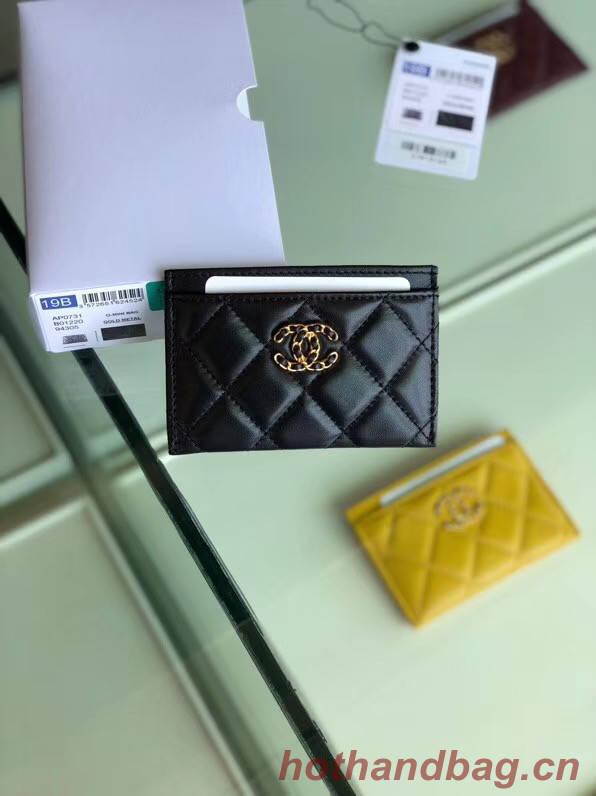 Chanel 19 Card sleeve AP0731 black