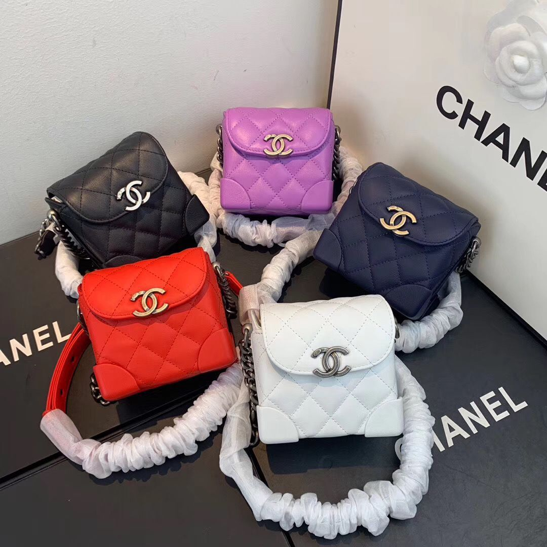 CHANEL 2020 New Style Original Leather Ball Grain Bag AS1169 Silver
