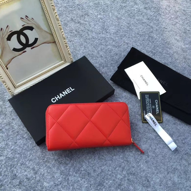 CHANEL 19 sheepskin & Gold-Tone Metal Wallet AP1063 red