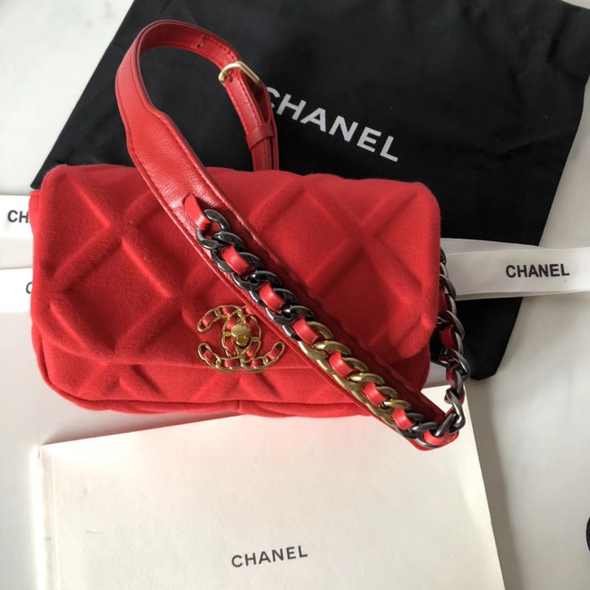 Chanel 19 Bodypack AS1163 red