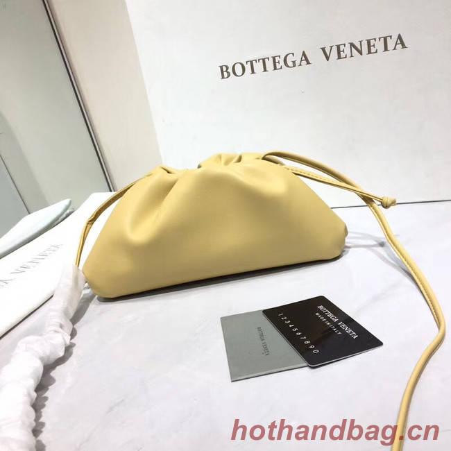 Bottega Veneta Nappa lambskin soft Shoulder Bag  98057 light yellow