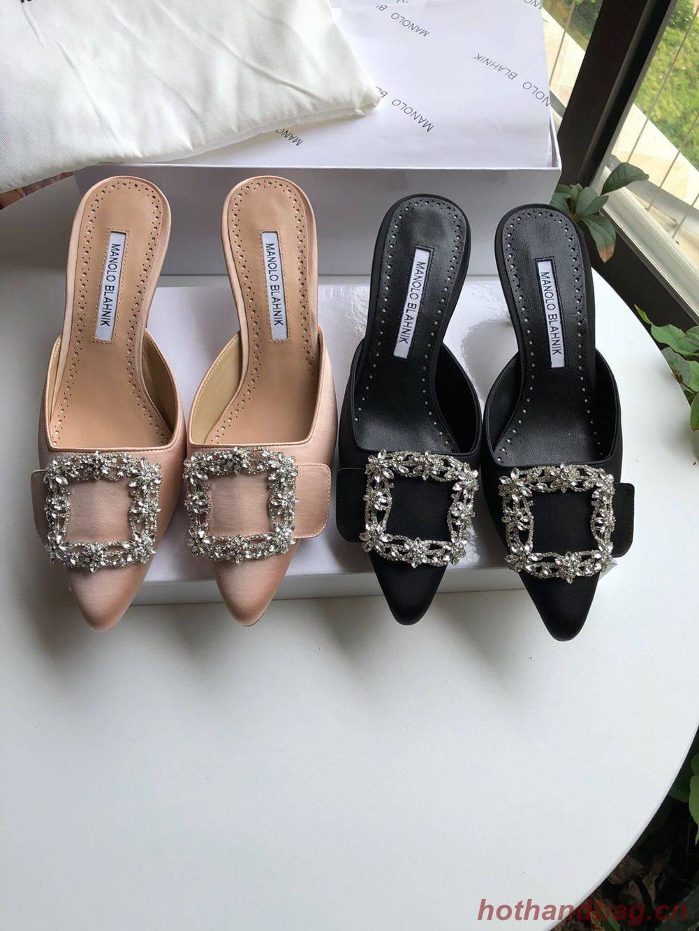 Manolo Blahnik Shoes MB3689
