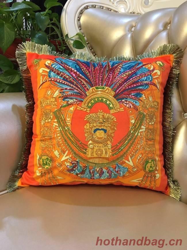 Hermes pillow H3695-4