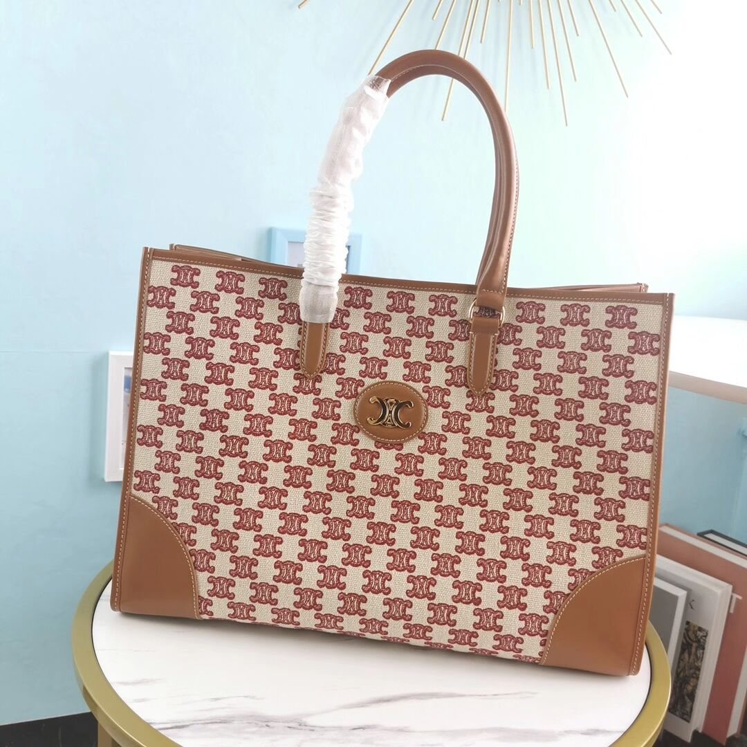 Celine TEEN TRIOMPHE BAG IN TRIOMPHE CANVAS AND CALFSKIN CL94342 red