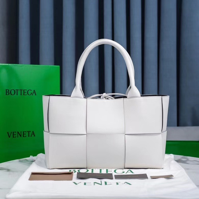 Bottega Veneta ARCO TOTE 609175 white