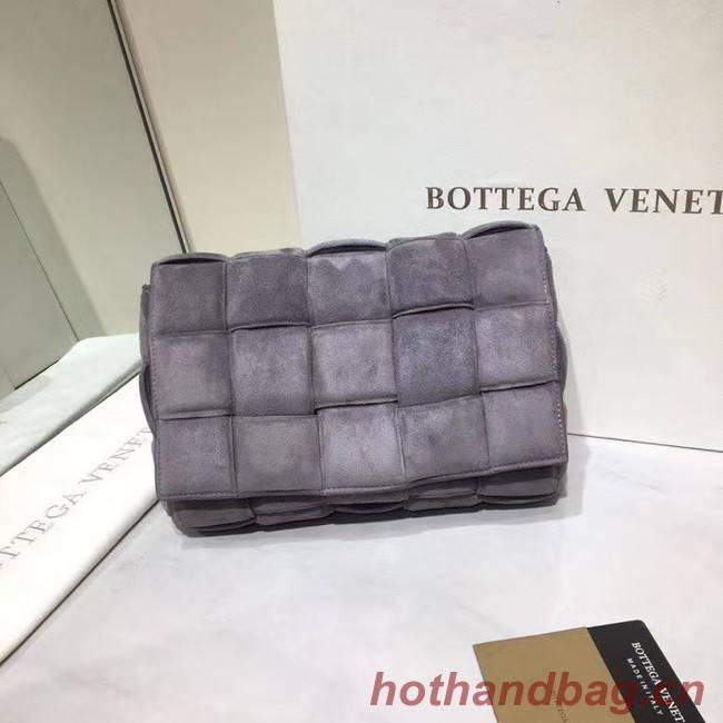 Bottega Veneta PADDED CASSETTE BAG suede 591970 grey