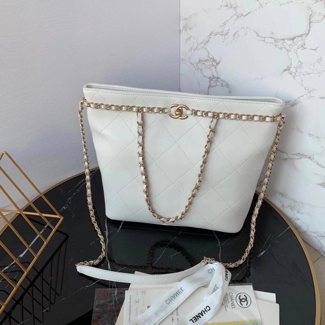 Chanel shopping bag AS2556 white