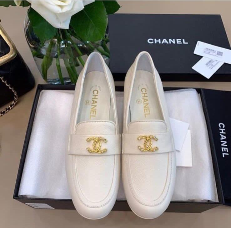 Chanel Calfskin Leather Shoes CH2740 White