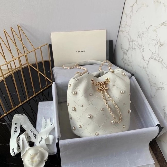 Chanel small drawstring bag Lambskin & Gold Metal AS2322 white