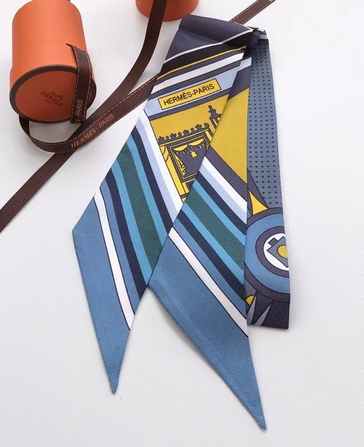 Hermes Twilly Small silk scarf H06348