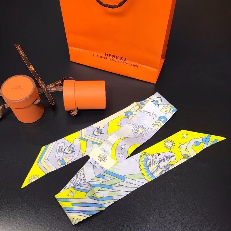 Hermes Twilly Small silk scarf H06349