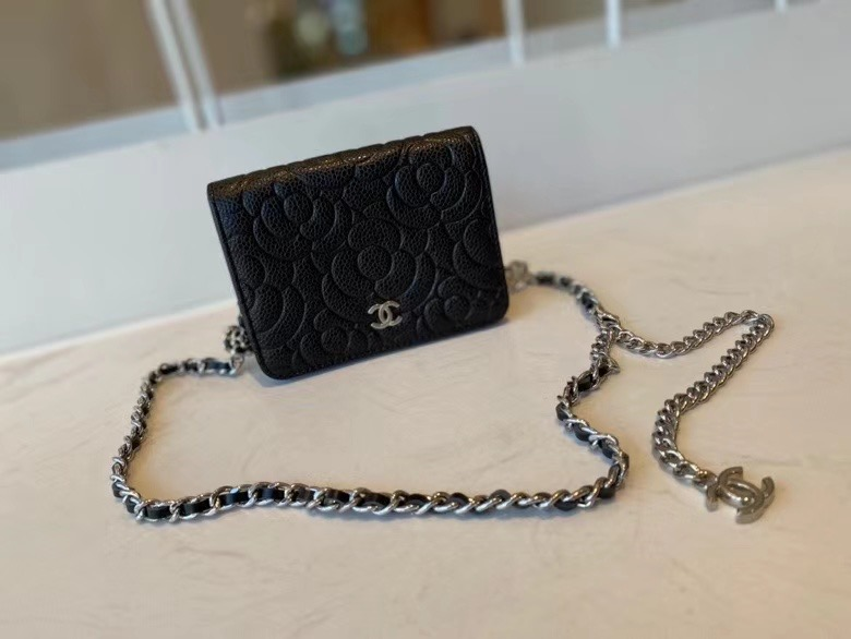 chanel classic clutch with chain Lambskin & Gold-Tone Metal AP3318 black