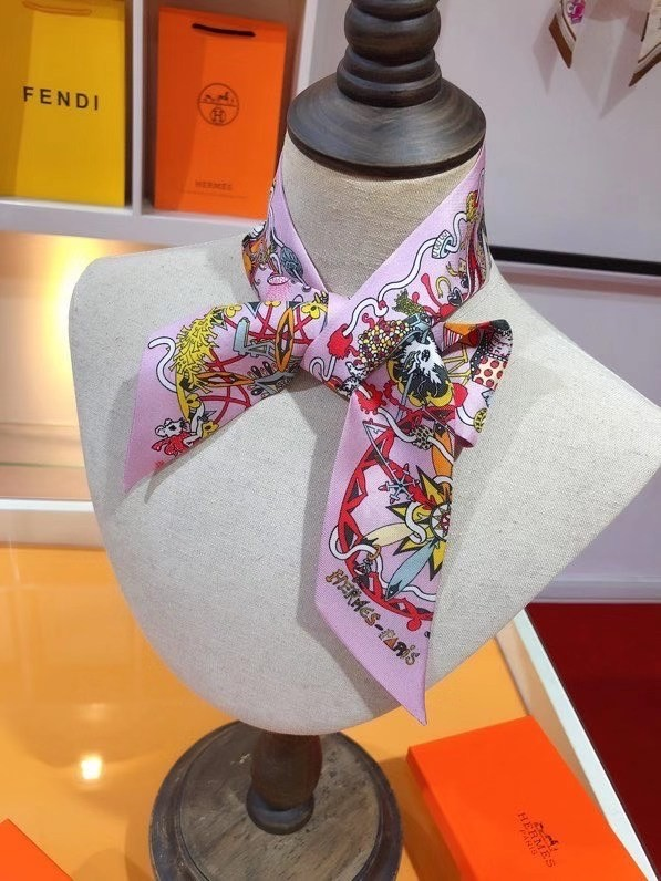 Hermes Twilly Small silk scarf H06354