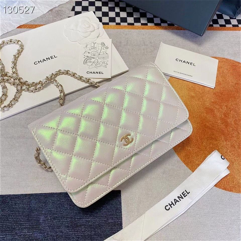 Chanel WOC Original Sheepskin Leather Flap cross-body bag V33814 Pearlescent white Silver chain