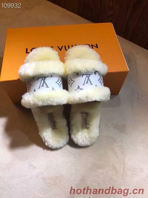 Louis Vuitton Shoes LV1065KK-6
