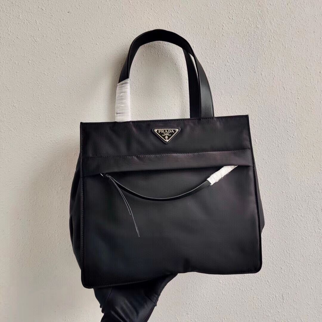 Prada Re-Edition nylon tote bag 1BC318 black