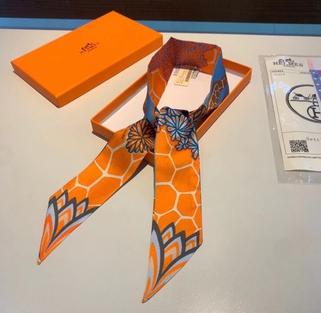 Hermes Twilly Small silk scarf H06366