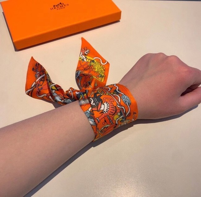 Hermes Twilly Small silk scarf H06371